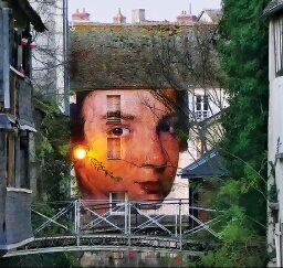 /medias/customer_2/Expos-thematiques/Street-art/45204-collage-monumental-ephemere/45204-collage-monumental-ephemere-zoom_jpg_/0_0.jpg